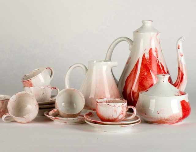edition of 15 sets for The New Museum ,New York. fired porcelain, made in the Sargadelos Factory,Galicia,Spain. 2007.